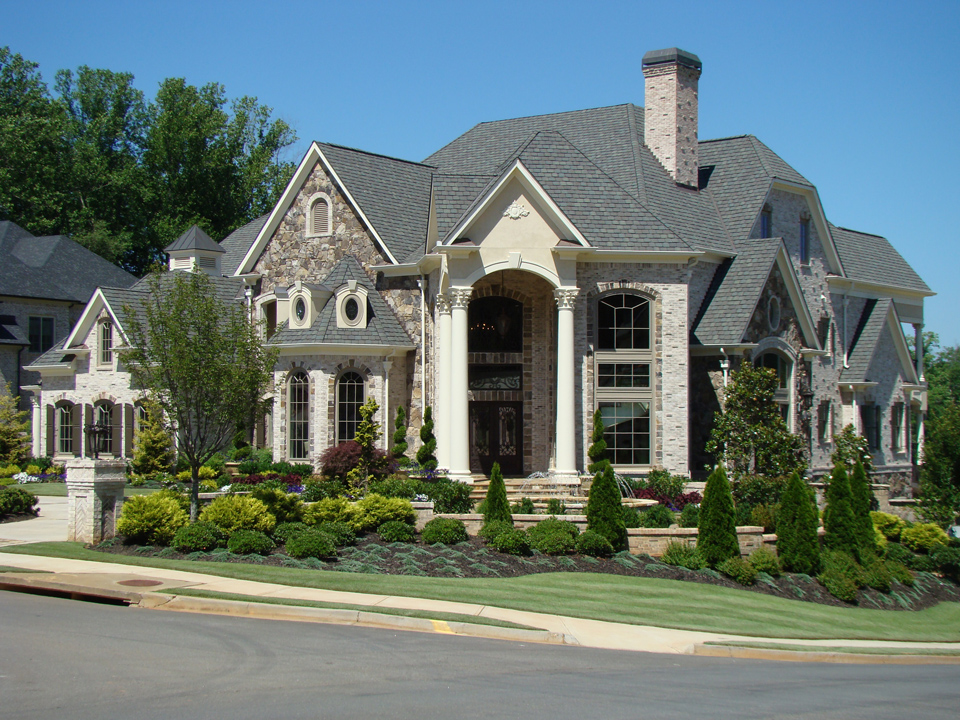 The Manor 1 Exterior